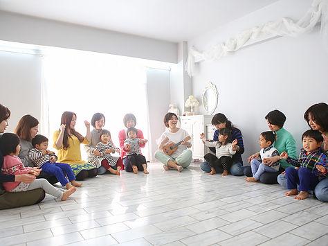 英語Kidsリトミック オキドキミュージック